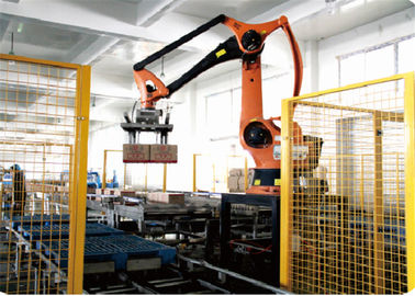 China SPC-RPS Robot Bottle Unscrambling Machine With Capacity 2000 - 3600bph factory